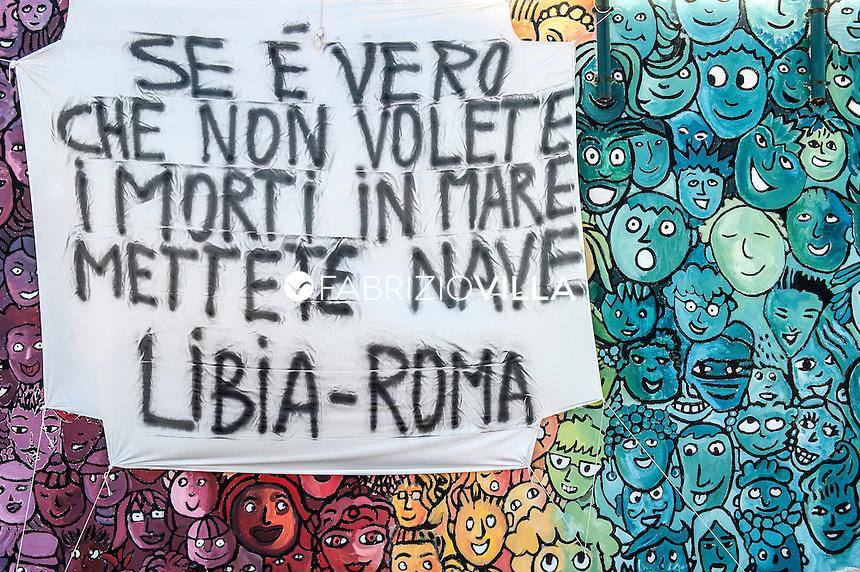 Murales a Lampedusa contro le morti in mare