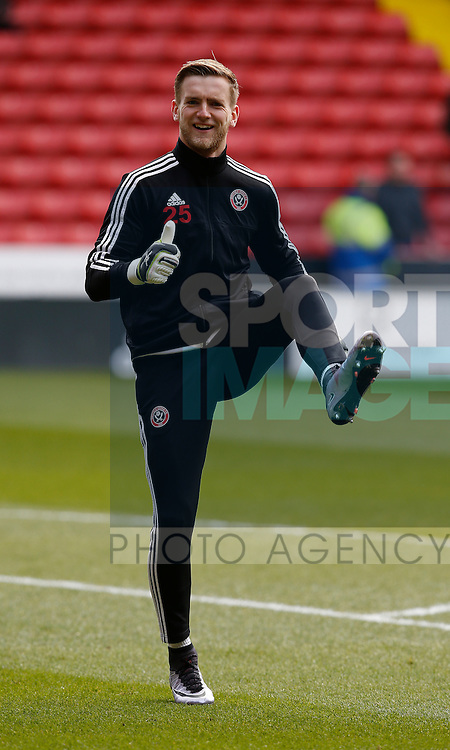 George Long of Sheffield Utd during the Sky Bet League One match at The Bramall Lane Stadium.  Photo credit should read: Simon Bellis/Sportimage