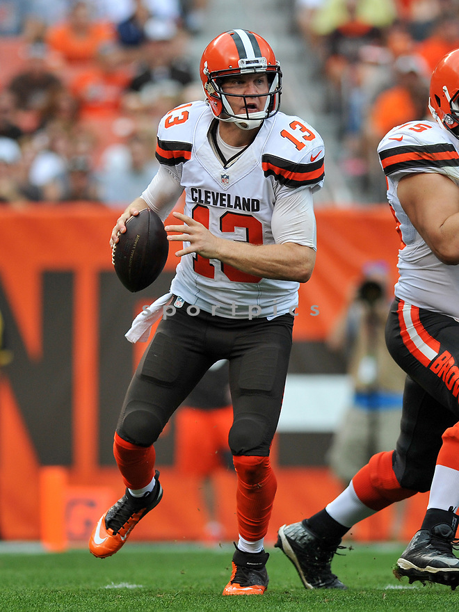 CLEVELAND, OH - JULY 18, 2016: Quarterback Josh McCown #13 of the Cleveland Browns rolls out to pass in the second quarter of a game against the Baltimore Ravens on July 18, 2016 at FirstEnergy Stadium in Cleveland, Ohio. Baltimore won 25-20. (Photo by: 2017 Nick Cammett/Diamond Images)  *** Local Caption *** Josh McCown(SPORTPICS)