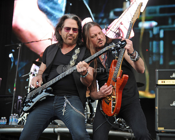 WESTON, FL - APRIL 03: Kip Winger and Reb Beach of Winger perform at Rockfest 80s held at Markham Park on April 3, 2016 in Weston, Florida. Credit: mpi04/MediaPunch