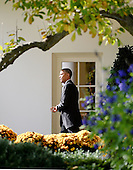 United States President Barack Obama departs the White House to travel to Portland, Maine October 30, 2014 in Washington, DC.<br /> Credit: Olivier Douliery / Pool via CNP