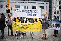 2015/12/12 Berlin | Vietnamesische Flüchtlinge protestieren für Menschenrechte