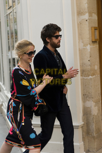 JULIE DELPY & ADAM GOLDBERG.in 2 Days in Paris .**Editorial Use Only**.CAP/FB.Supplied by Capital Pictures