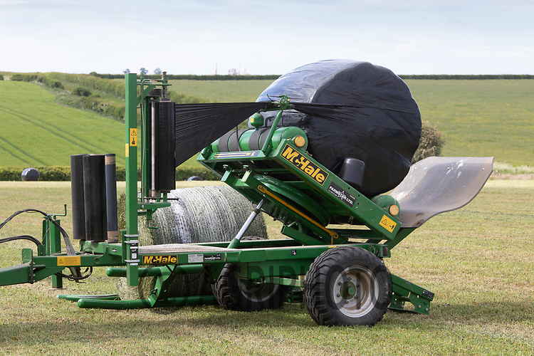 19.5.2020 Wrapping  silage in Rutland <br /> ©Tim Scrivener Photographer 07850 303986<br />      ....Covering Agriculture In The UK....