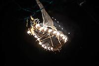 """LISBOA, PORTUGAL, 31 DE MAIO 2012 - FESTAS DE LISBOA - Apresentacao de abertura da """"Festas de Lisboa 2012"""", espetaculo Firebirds criado pelo grupo Titanick Theatre e os músicos franceses Fanfare Le Snob, na parca dos Restauradores, na noite desta quinta-feira, 31. O Festas de Lisboa acontece com vasta programação cultural de hoje ate o final de junho.   (FOTO: WILLIAM VOLCOV / BRAZIL PHOTO PRESS)."""