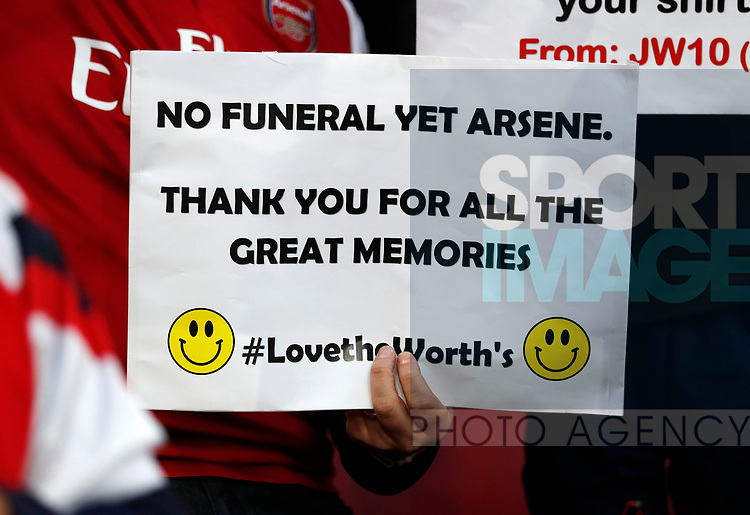 An Arsenal fan shows his support for Arsene Wenger during the Europa League Semi Final 1st Leg, match at the Emirates Stadium, London. Picture date: 26th April 2018. Picture credit should read: David Klein/Sportimage