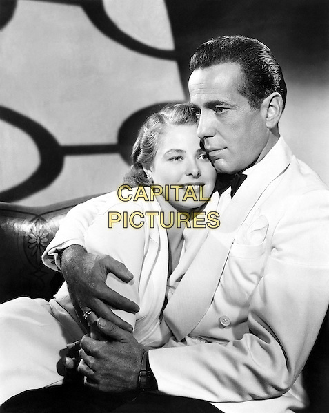INGRID BERGMAN & HUMPHREY BOGART.in Casablanca.*Filmstill - Editorial Use Only*.CAP/PLF.Supplied by Capital Pictures.