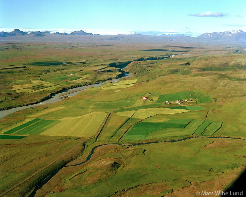 Jaðar og Tungufell séð til norðurs, Hvítá, Hrunamannahreppur / Jadar and Tungufell viewing north over river Hvita, Hrunamannahreppur.