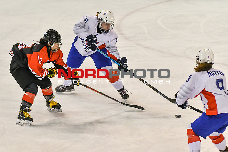 03.01.2020, BLZ Arena, Füssen / Fuessen, GER, IIHF Ice Hockey U18 Women's World Championship DIV I Group A, <br /> Frankreich (FRA) vs Japan (JPN), <br /> im Bild Shizuku Omiya (JPN, #10), Elina Zilliox (FRA, #18), Leane Nuttin (FRA, #9)<br /> <br /> Foto © nordphoto / Hafner