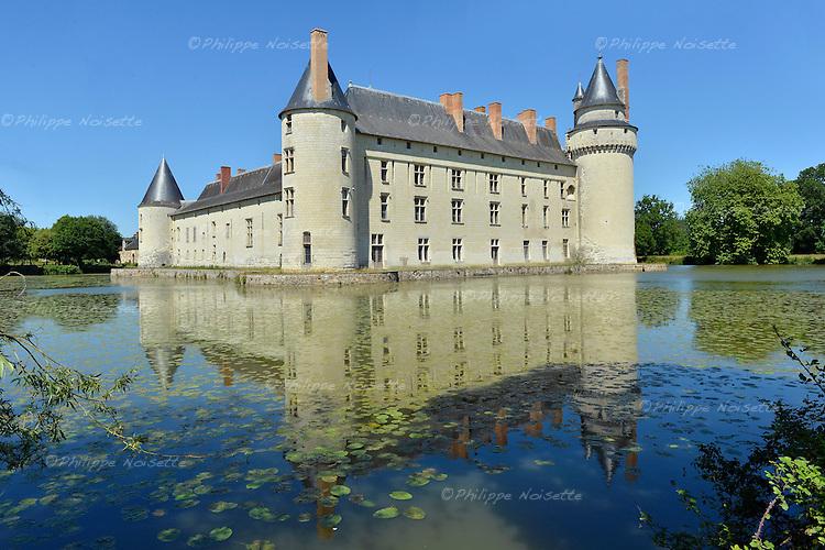 Le château du Plessis-Bourré à Ecuillé (Maine-et-Loire).