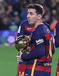 17.01.2016 Camp Nou, Barcelona, Spain. La Liga day 20 march between FC Barcelona and Athletic Club. Leo Messi show the 5th golden ball