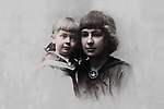Marina Tsvetaeva with daughter Ariadne.