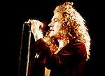 Led Zeppelin  1977 Robert Plant......