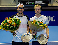 Rotterdam, Netherlands, December 14, 2016, Topsportcentrum, Lotto NK Tennis,  Winning doubles team Sidney de Boer (L) eand his partner Botic van de Zandschulp (R) are national champions<br /> Photo: Tennisimages/Henk Koster
