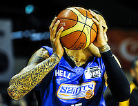 Leon Henry in action during the national basketball league match between Wellington Saints and Taranaki Mountain Airs at TSB Bank Arena, Wellington, New Zealand on Friday, 17 April 2015. Photo: Dave Lintott / lintottphoto.co.nz
