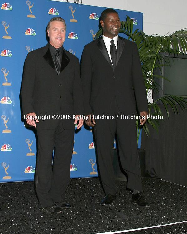 William Petersen & Dennis Haysbert.58th Primetime Emmy Awards.Shrine Auditorium.Los Angeles, CA.August 27, 2006.©2006 Kathy Hutchins / Hutchins Photo....                 i