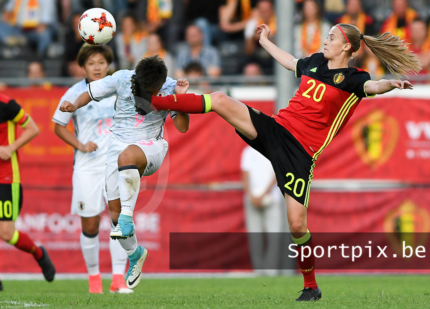 20170613 - LEUVEN ,  BELGIUM : Belgian Julie Biesmans (r) pictured in a duel with Japanese Kumi Yokoyama (left) during the friendly female soccer game between the Belgian Red Flames and JAPAN , a friendly game in the preparation for the European Championship in The Netherlands 2017  , Tuesday 13 th June 2017 at Stadion Den Dreef  in Leuven , Belgium. PHOTO SPORTPIX.BE | DAVID CATRY