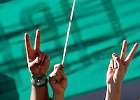 Studenti iraniani manifestano davanti alla loro ambasciata a Roma, 25 luglio 2009, contro i risultati delle elezioni presidenziali e la violenza post elettorale in Iran..Iranian students living in Italy attend a demonstration in front of the Iranian Embassy in Rome, 25 july 2009, against the results of the presidential election and the post-electoral violence in their home country..UPDATE IMAGES PRESS/Riccardo De Luca