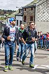 Walking up and drinking beer at Cote de Saint-Roch, Houffalize, Belgium, 27 April 2014, Photo by Pim Nijland / www.pelotonphotos.com