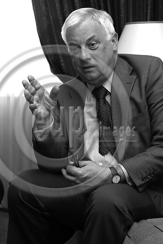 BRUSSELS - BELGIUM - 09 APRIL 2006 -- Former EU Commissioner Chris PATTEN during a interview at his room at Hilton Hotelm Brussels. PHOTO: ERIK LUNTANG / EUP-IMAGES