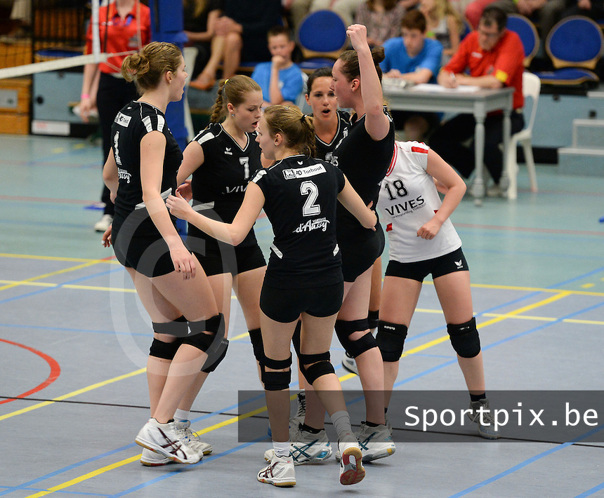 Torhout : Trofee JP Dehaene Dames :<br /> VKT Torhout A - Sijos Menen : vreugde bij Torhout na een punt <br /> foto VDB / BART VANDENBROUCKE