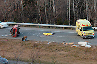 Accident mortel au Nord de Montreal -<br /> Deadly car  accident, North of Montreal<br /> Photo : (c) Karpoff / Images Distribution