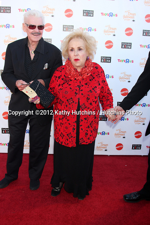"LOS ANGELES - OCT 27:  Doris Roberts arrives at ""Keep A Child Alive Presents 2012 Dream Halloween Los Angeles"" at Barker Hanger on October 27, 2012 in Santa Monica, CA"