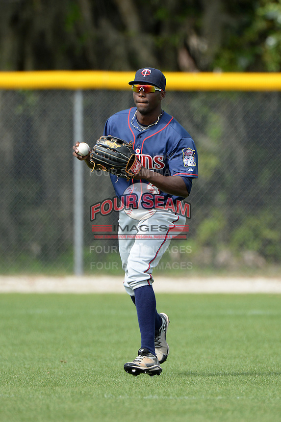 Minnesota Twins outfielder Jeremias Pineda (4) during practice before a minor league spring training game against the Baltimore Orioles on March 20, 2014 at the Buck O'Neil Complex in Sarasota, Florida.  (Mike Janes/Four Seam Images)