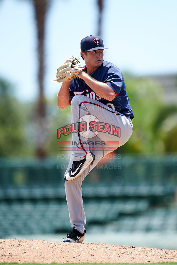 GCL Twins relief pitcher Garrett Kelly (40) during a game against the GCL Orioles on August 11, 2016 at the Ed Smith Stadium in Sarasota, Florida.  GCL Twins defeated GCL Orioles 4-3.  (Mike Janes/Four Seam Images)