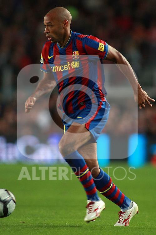 Football Season 2009-2010. Barcelona's player Thierry Henry during the Spanish first division soccer match at Camp Nou stadium in Barcelona November 07, 2009.