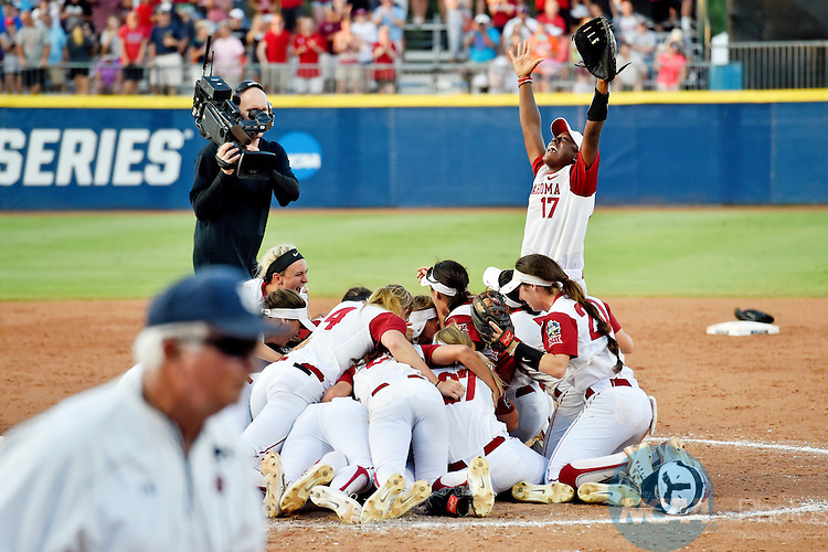 08 JUNE 2016:  Oklahoma infielder Shay Knighten (17) celebrates with her team after winning the Division I Women's Softball Championship is held at ASA Hall of Fame Stadium in Oklahoma City, OK. Oklahoma defeated Auburn 2-1. KT King/NCAA Photos