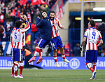 Atletico Madrid's team celebrates after the match the Spanish league football match Club Atletico de Madrid vs Real Madrid CF at the Vicente Calderon stadium in Madrid on February 7, 2015.          PHOTOCALL3000/ DP
