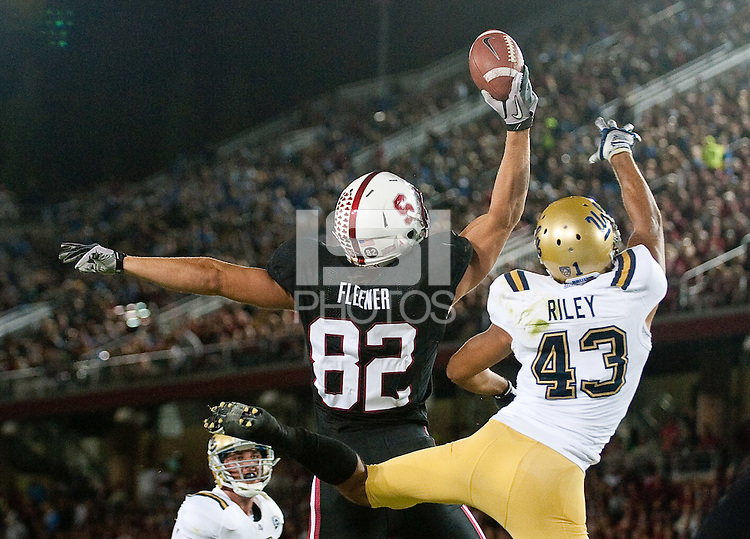 STANFORD, CA-OCTOBER 1, 2011- Coby Fleener makes a one hand grab as Stanford defeats UCLA 45-19 at Stanford Stadium.