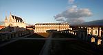20060213 - France - Vincennes<br />LE CHATEAU DE VINCENNES : VUE SUR LA CHAPELLE ET LE BATIMENT DE LA MARINE (DEPUIS LE BATIMENT DE L'ARMEE DE TERRE)<br />Ref: CHATEAU_DE_VINCENNES_014 - © Philippe Noisette