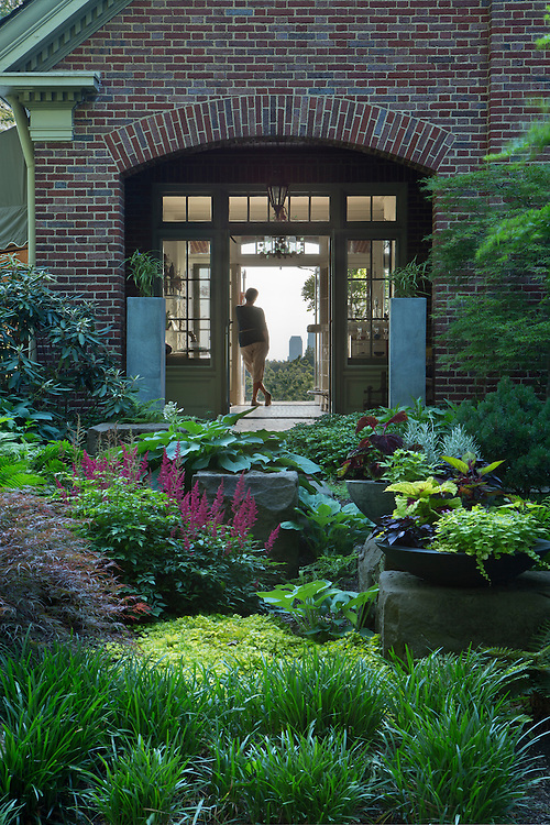Chestnut Hills Drive Gardens | Landscape Architects: Visionscapes Landscape Architects