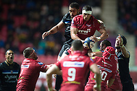 Lewis Rawlins of the Scarlets wins the ball. European Rugby Champions Cup match, between the Scarlets and Bath Rugby on October 20, 2017 at Parc y Scarlets in Llanelli, Wales. Photo by: Patrick Khachfe / Onside Images
