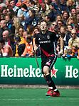 BLOEMENDAAL   - Hockey -  Jan Willem Buissant brengt de stand op 0-2.. 3e en beslissende  wedstrijd halve finale Play Offs heren. Bloemendaal-Amsterdam (0-3).     Amsterdam plaats zich voor de finale.  COPYRIGHT KOEN SUYK