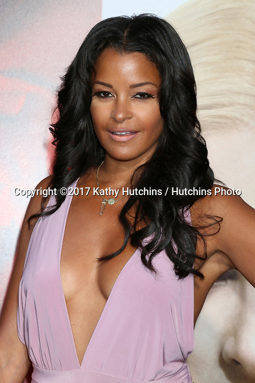 """LOS ANGELES - APR 18:  Claudia Jordan at the """"Unforgettable"""" Premiere at TCL Chinese Theater IMAX on April 18, 2017 in Los Angeles, CA"""