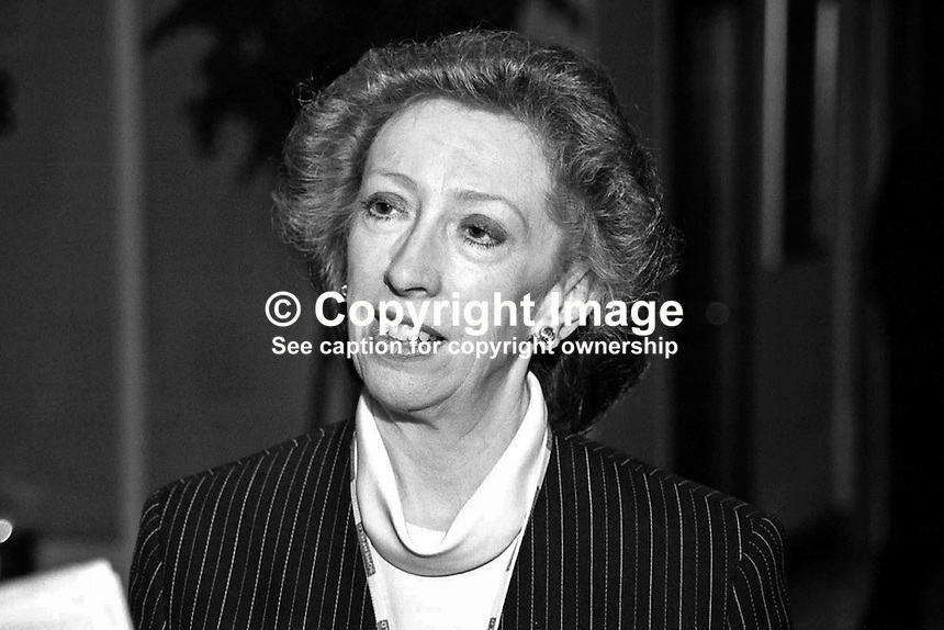 Margaret Beckett, MP, Labour Party, Cabinet Minister, Britain, UK, 199810029.<br />