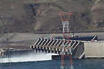 Columbia River, Wanapum Dam, drawdown and repairs being made on dam failure due to anchor structure to bedrock, Grant County Public Utility District, spring runoff, Columbia Basin, Eastern Washington, Washington State, Pacific Northwest, USA, North America,
