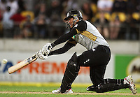 NZ's Ross Taylor sweeps during 2nd Twenty20 cricket match match between New Zealand Black Caps and West Indies at Westpac Stadium, Wellington, New Zealand on Friday, 27 February 2009. Photo: Dave Lintott / lintottphoto.co.nz