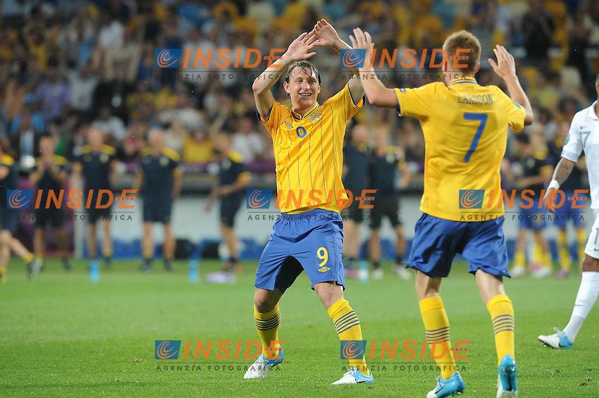 Kim Kallstrom et Sebastian Larsson (Suede) .Kiev 19/6/2012 .Calcio Football Euro 2012.Francia Vs Svezia.Foto Insidefoto / Panoramic.Italy ONLY