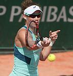 Samantha Stosur (AUS) defeated Shuai Zhang (CHN) 6-3