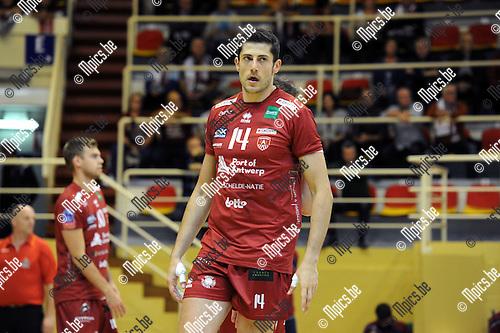 2014-10-29 / Volleybal / seizoen 2014-2015 / Topvolley Antwerpen - Asse-Lennik / Michael Andrei<br /><br />Foto: mpics.be