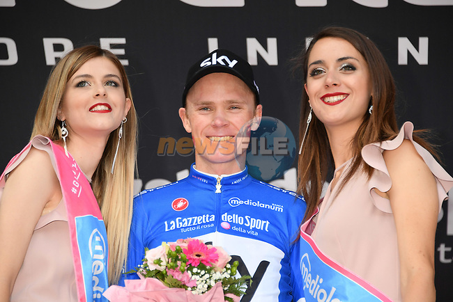 Chris Froome (GBR) Team Sky wins Stage 19 and also goes into the mountains Maglia Azzurra of the 2018 Giro d'Italia, running 185km from Venaria Reale to Bardonecchia featuring the Cima Coppi of this Giro, the highest climb on the Colle delle Finestre with its gravel roads, before finishing on the final climb of the Jafferau, Italy. 25th May 2018.<br /> Picture: LaPresse/Gian Mattia D'Alberto | Cyclefile<br /> <br /> <br /> All photos usage must carry mandatory copyright credit (© Cyclefile | LaPresse/Gian Mattia D'Alberto)