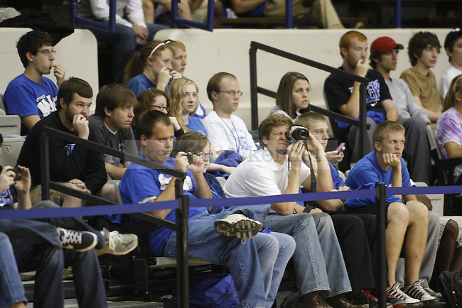 The University of Kentucky basketball team holds an open practice for students and faculty in Memorial Coliseum on Tuesday, October 19, 2010. Photo by Latara Appleby | staff