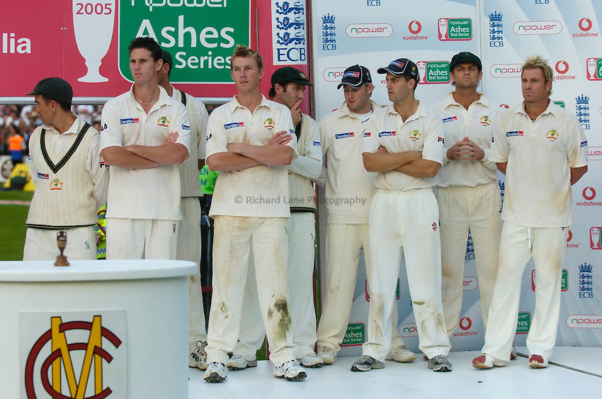 Photo: Glyn Thomas..England v Australia. nPower Test Series. The Ashes 2005..12/09/2005..The Australian team look very disappointed after losing the series 2-1.