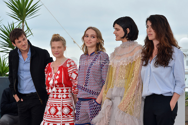 Gaspard Ulliel, Melanie Thierry, Lily-Rose Depp, SOKO, Stephanie Di Giusto at the Photocall &laquo;La Danseuse` - 69th Cannes Film Festival on May 13, 2016 in Cannes, France.<br /> CAP/LAF<br /> &copy;Lafitte/Capital Pictures<br /> Gaspard Ulliel, Melanie Thierry, Lily-Rose Depp, SOKO, Stephanie Di Giusto at the Photocall &acute;La Danseuse` - 69th Cannes Film Festival on May 13, 2016 in Cannes, France.<br /> CAP/LAF<br /> &copy;Lafitte/Capital Pictures /MediaPunch ***NORTH AND SOUTH AMERICA ONLY***
