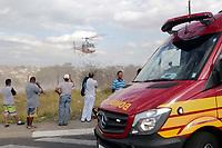 CAMPINAS, SP 06.08.2019 - ACIDENTE - Quatro pessoas ficaram feridas em um acidente na cidade de Campinas (SP), no cruzamento da rua Dante Erbolato com rua Carlos Marcia, no Jd Satelite Iris. Foram acionados para o local o Corpo de Bombeiros, GRAU, SAMU e o helicoptero Aguia. Um dos feridos foi encaminhado para o hospital da Unicamp pelo helicoptero. (Foto: Denny Cesare/Código19)