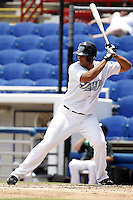 July 12, 2009:  Manny Rodriguez of the Dunedin Blue Jays during a game at Dunedin Stadium in Dunedin, FL.  Dunedin is the Florida State League High-A affiliate of the Toronto Blue Jays.  Photo By Mike Janes/Four Seam Images